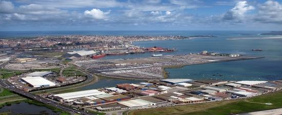 Licitaciones de cantos de sirena en el puerto de santander - HOME