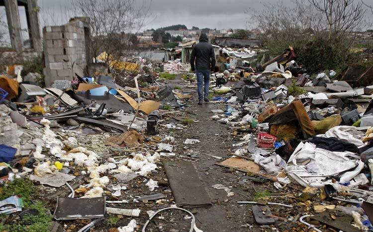 Según la Comisión existen en España más de 1.500 Vertederos Ilegales muchos de ellos en Galicia - ♦La Comisión Europea vuelve a instar a España a que gestione los residuos urbanos correctamente