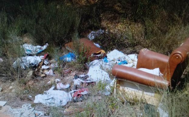 Indomables: vertederos ilegales de Cubillos del Sil