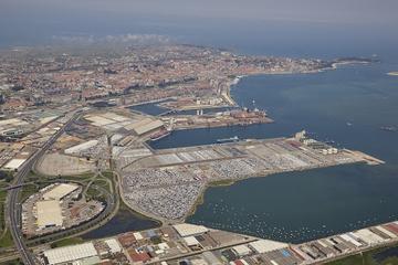 """Momentos de """"tempestad"""" observados en la zona de servicios del Puerto de Santander - Otros Países"""
