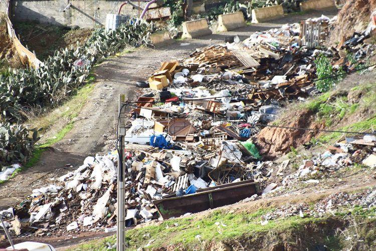 Zonas de Ceuta sitiadas por vertederos - Unión Europea